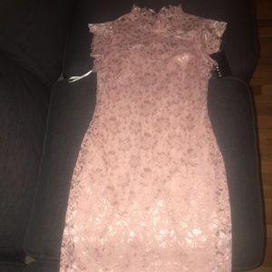 Stunning lace dress NWT